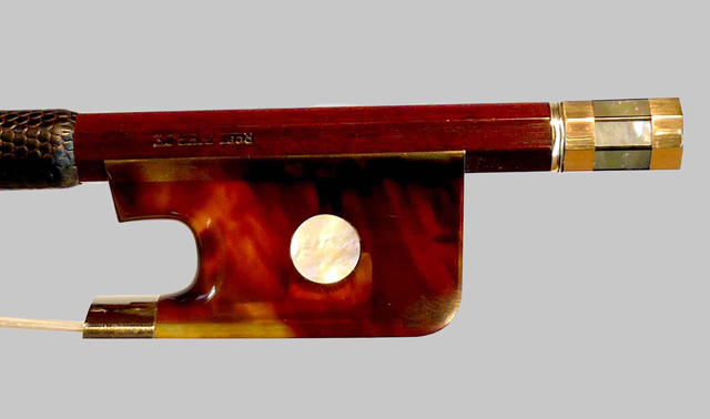 Gold and tortoiseshell cello bow frog